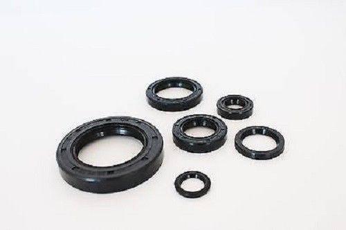 Boss Bearing - Engine Oil Seal Kit for Honda  CR500R 1985-1987